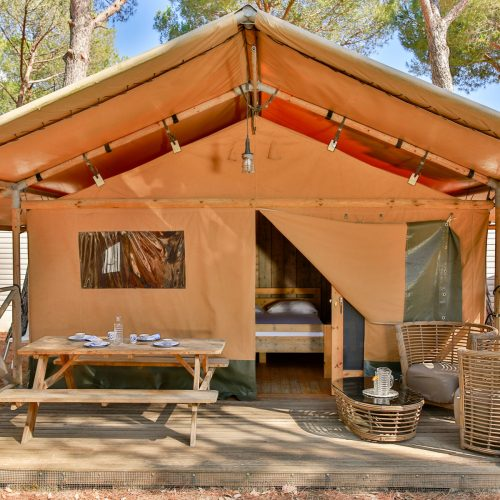 talamone-camping-village-family-glamping-tent-10