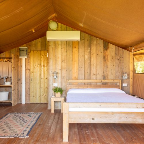 talamone-camping-village-family-glamping-tent-8